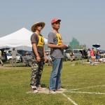 初日、トップでの飛行の谷川選手、助手は村松選手