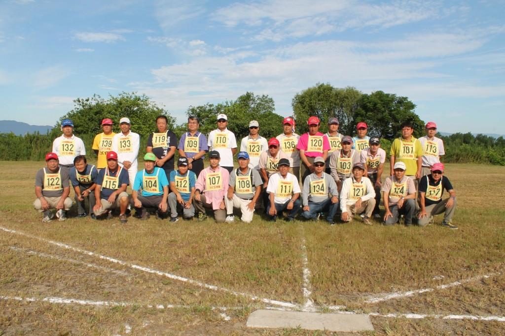 3日(日)の参加選手全員の集合写真。